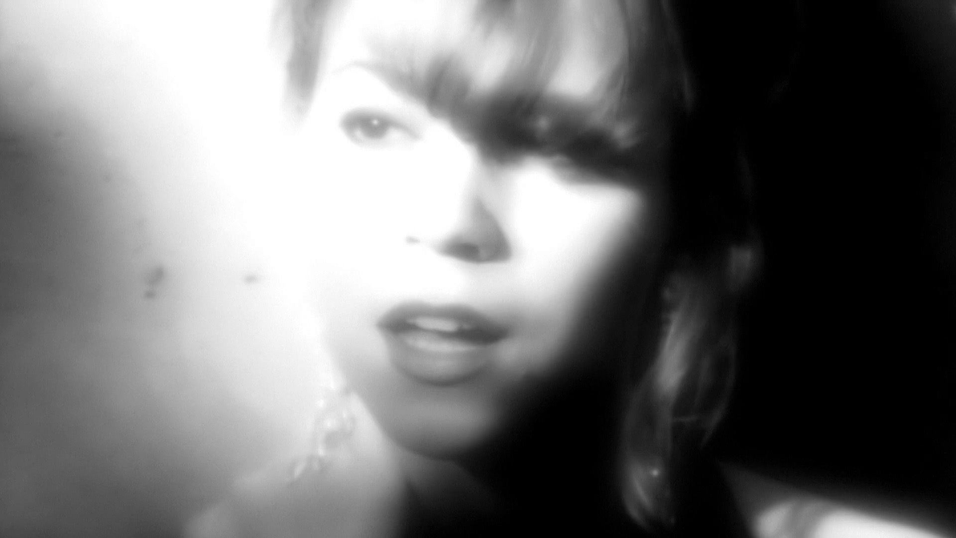 The Mariah Network : Gallery : Captures : Can't Let Go Mariah Carey Video