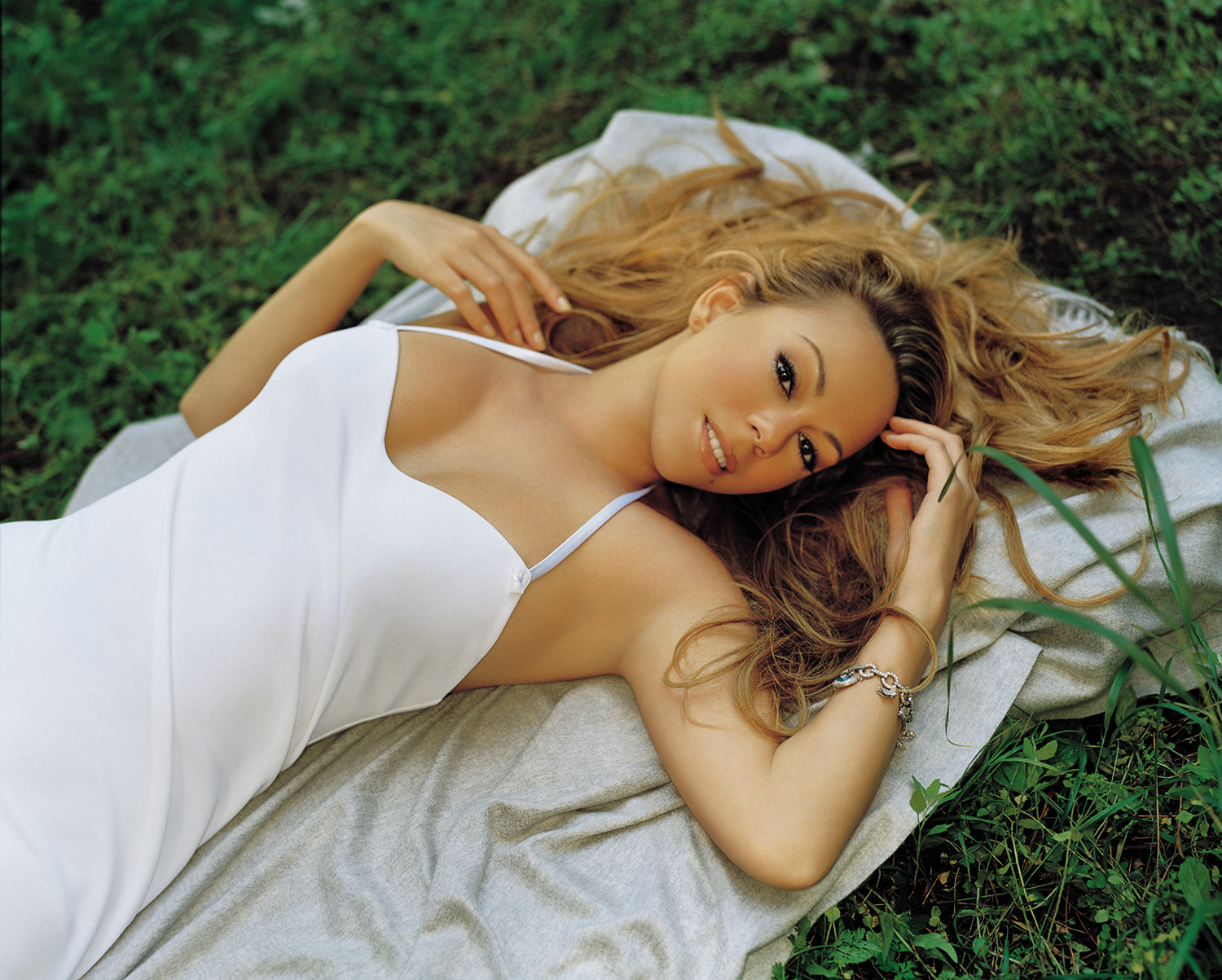 The Mariah Network : Gallery : Shoots : 2002